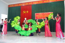 """Hội thi """"Tiếng hát dân ca, ví giặm Nghệ Tĩnh"""" học sinh THCS năm 2014"""