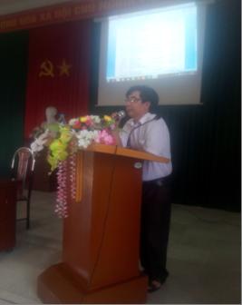 Đồng chí Mai Ngọc Long - Phó trưởng phòng GD&ĐT khai mạc lớp tập huấn
